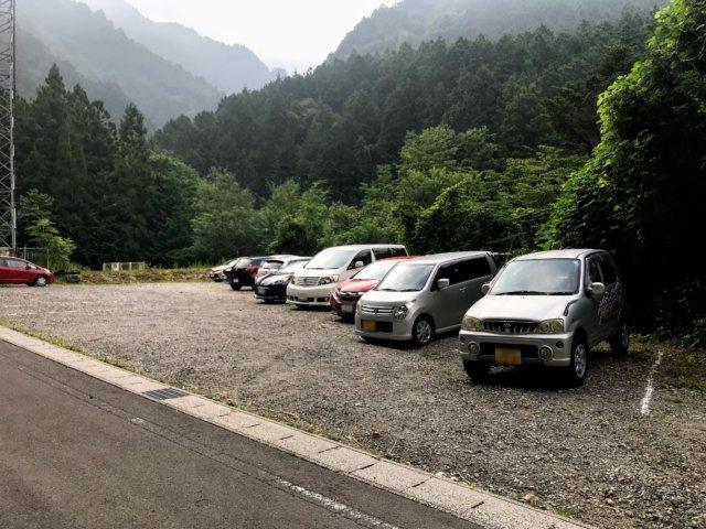 小秀山 乙女渓谷 駐車場