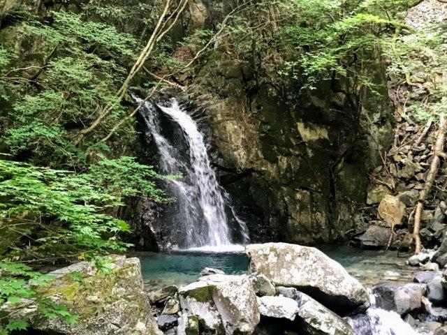 小秀山 ニの谷登山道 和合の滝
