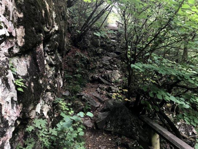 小秀山 ニノ谷登山道