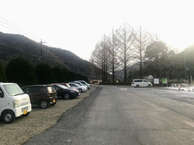 如来ヶ岳 畜産センター ビジターハウス前駐車場