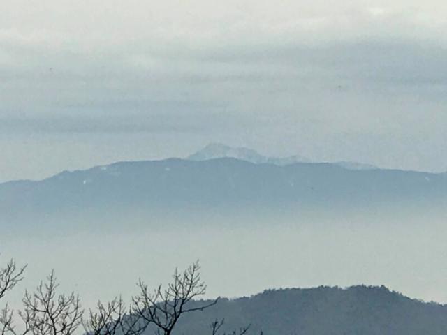 如来ヶ岳 頂上から伊吹山