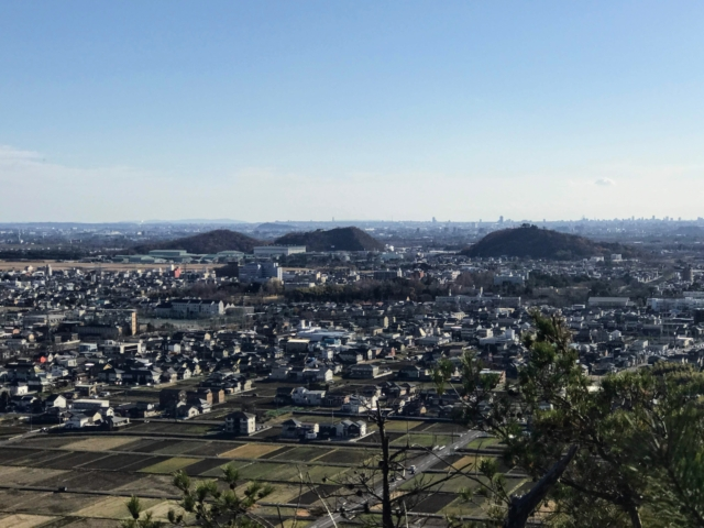 尾崎権現山 西展望台から山脇山・三井山