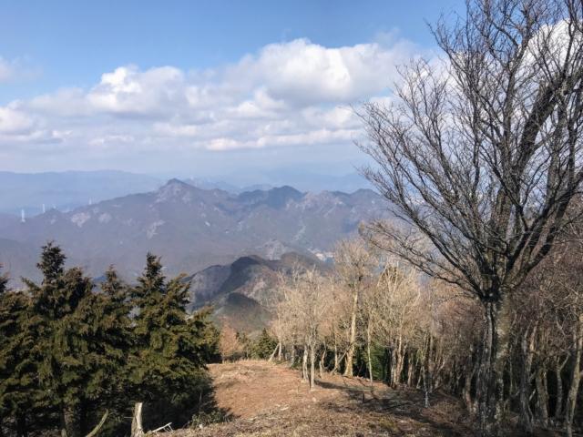 北笠岳 山頂から錫杖ヶ岳