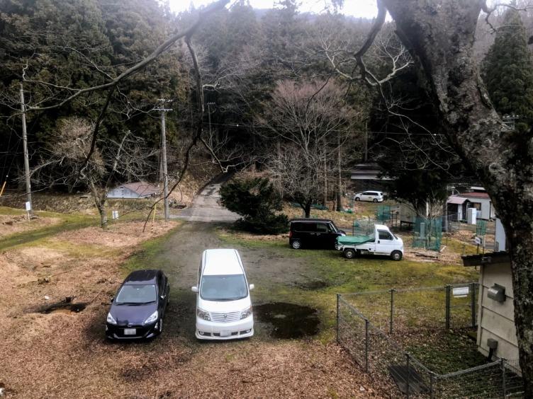 鍋尻山 脇ヶ畑小学校跡 駐車場